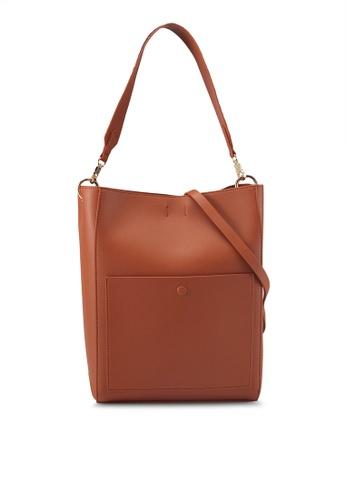 ZALORA brown Contrast Strap Hobo Bag 7517AAC0973FAEGS_1