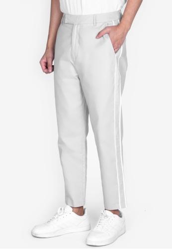 ZALORA BASICS 灰色 Side Piped Chino Pants A3944AA45EA4B8GS_1
