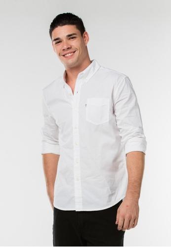 Levi's white Classic One Pocket Shirt FAAE6AA22628E1GS_1