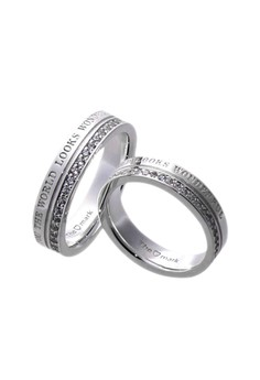 Wonderful World Silver Couple Ring with Artificial Diamonds lr0023