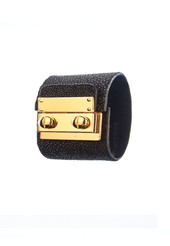 CSHEON black Secret Code Cuff Bracelet - Sting Ray Pearl Leather 5C098AC5FB34EDGS_1