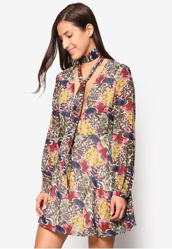 假圍巾花卉低胸洋裝, 服esprit門市地址飾, 洋裝