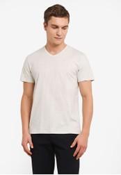 ZALORA white V-Neck Short Sleeve Tee B0624AA917201CGS_1