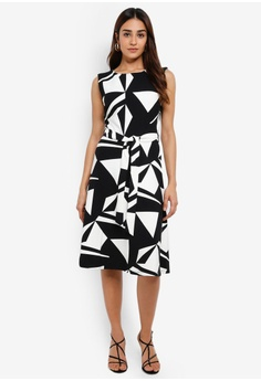 c9b48466092 Wallis black and multi Petite Monochrome Geometric Print Fit And Flare Dress  73931AA5F2FD40GS_1