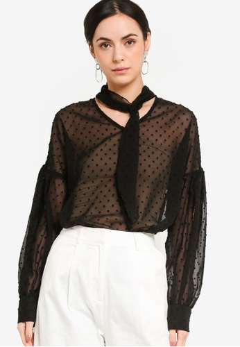ZALORA WORK 黑色 Long Sleeves Blouse With Tie Detail 82A9FAABC582EFGS_1