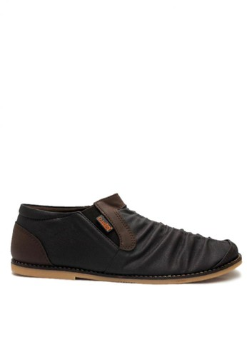 D-Island brown D-Island Shoes Slip On Long Wrinkle Comfort Dark Brown DI594SH06MUJID_1