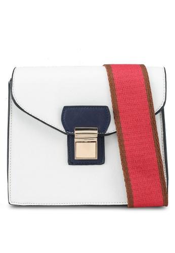 Vero Moda white Ainslee Cross Over Bag D6ABBACA37DD9AGS_1