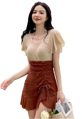 A-IN GIRLS brown and beige Color Block Gauze Low V One-Piece Swimsuit 5AB14US9823981GS_1