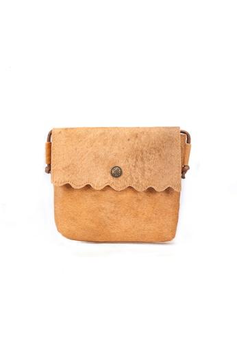 Shu Talk brown DMR Touch Scalloped Horse Hair Shoulder Bag 3108EAC47607EBGS_1