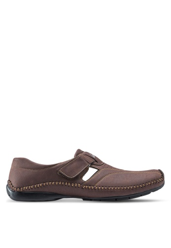 Louis Cuppers brown Classic Loafers LO977SH42ZLDMY_1