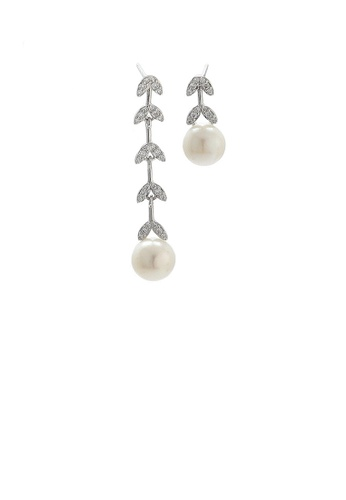 Glamorousky white 925 Sterling Silver Fashion Simple Leaf Tassel White Freshwater Pearl Earrings with Cubic Zirconia 028D7ACD04D3CBGS_1
