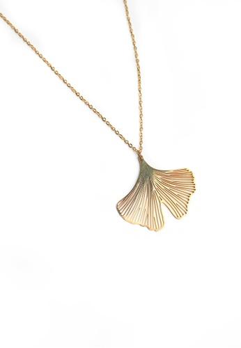 Buy gung jewellery clover pendant necklace in gold online zalora gung jewellery gold clover pendant necklace in gold 1847fac07806cags1 aloadofball Choice Image