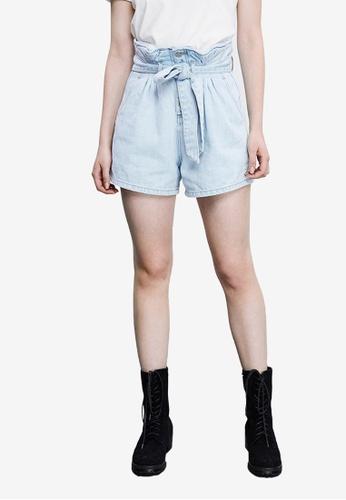 URBAN REVIVO blue Casual Denim Shorts 2C48DAAED975C3GS_1