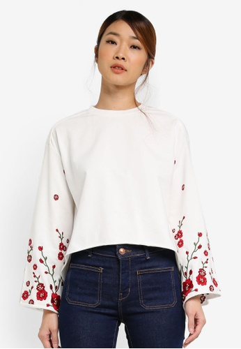 Something Borrowed white Oversized Embroidery Sleeve Top 5B818AAF23B9E7GS_1