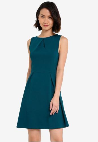 ZALORA green Essential Pleat Detail Dress 2B91DAAE64AC6FGS_1