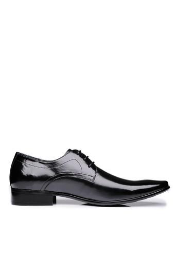 微尖頭圖紋大底。Nappaesprit台灣門市牛皮德比皮鞋-04497-黑色, 鞋, 皮鞋
