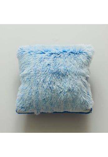 DILAS HOME Basic Plush Cushion Cover (Blue) D03FAHLB5274E7GS_1