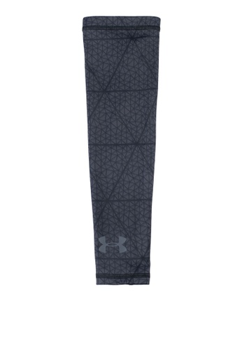 Under Armour black Printed Shooter Sleeve UN337AC0SU2AMY_1