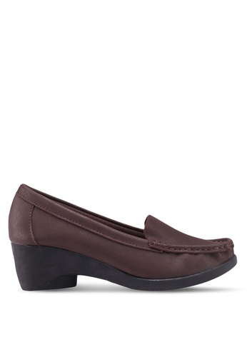 NOVENI brown Slip-On Wedges 6A8EBSH50EDF60GS_1