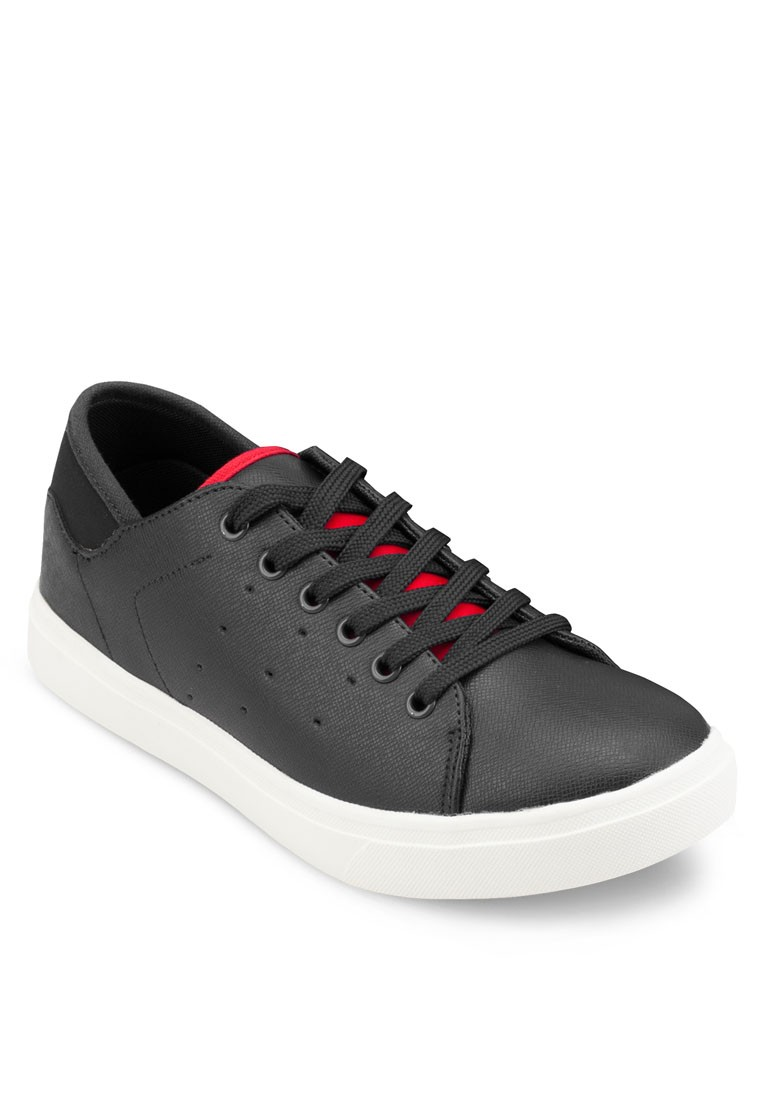 Laced Up Sneakers With Contrast Tipping