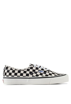 2e25d27d45 VANS black and white Authentic 44 DX Anaheim Factory Sneakers  965FFSH07C88CCGS 1