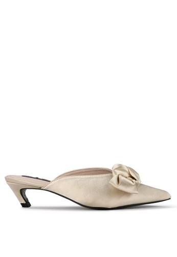 Mandy's white Yeva Cream Heels 86DE2SHB769D4CGS_1