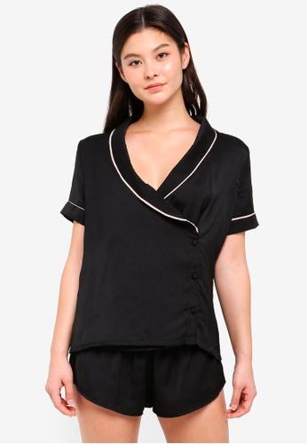 Bluebella black Kara Shirt and Shorts B5AEAAA3222266GS_1