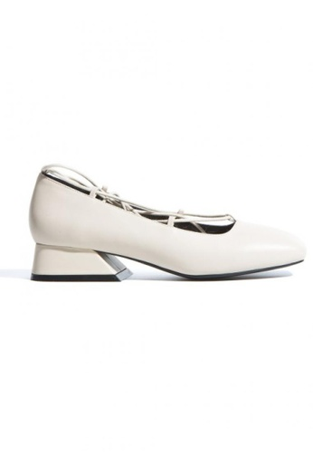 Lara white Comfortable Wild Thick Heels BE85ASH59B2E7DGS_1