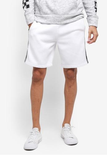 Hollister white Print Logo Classic Shorts 6F55CAAEFF6198GS_1