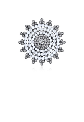 Glamorousky white Fashion and Elegant Plated Black Geometric Round Imitation Pearl Brooch with Cubic Zirconia EEDA9AC8726C55GS_1