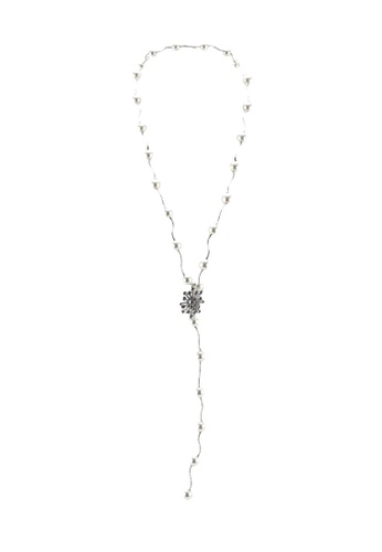 Red's Revenge silver gatsbly glam long pearl necklace 47C43AC9C1BC6FGS_1