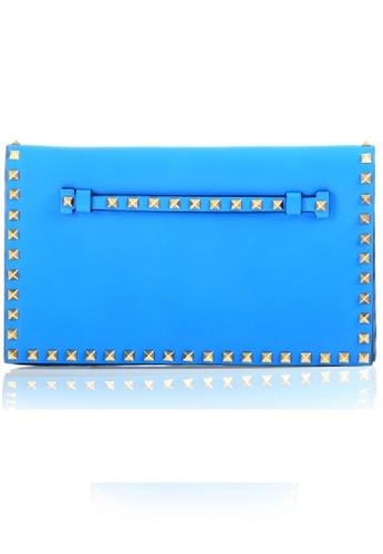Valentino blue Pre-Loved valentino Electric Blue Leather Gold Rockstud Clutch E013DAC0795156GS_1