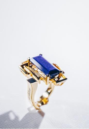 Paradeisos Jewellery blue and gold Paradeisos Natural Lapis Lazuli Golden Ring PA467AC0GHUVSG_1