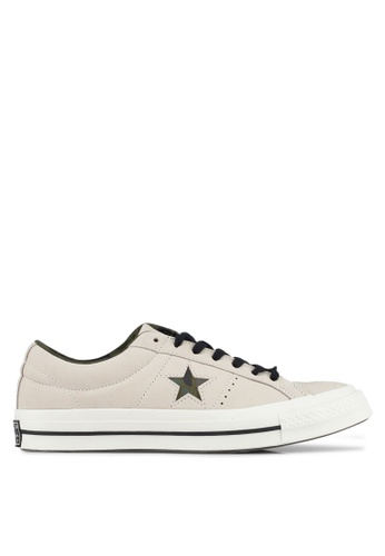 Converse black and beige One Star Ox Sneakers CO302SH0SW74MY_1
