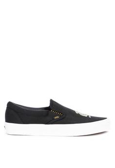 ee6eba4bdcf6 Vans black Harry Potter Hufflepuff Classic Slip-On Sneakers  E3962SHC05964EGS_1