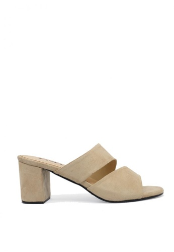 Zanea Shoes beige Asymmetrical Strappy Block Heels D552CSHB65A1B0GS_1