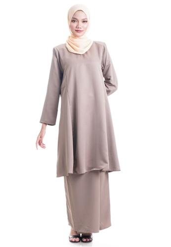 Ashura brown and beige Hanaa Kurung Pahang CDF4BAAA15BB00GS_1