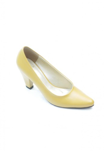 MIKA yellow Sade Heel Pumps MI737SH58WLPID_1
