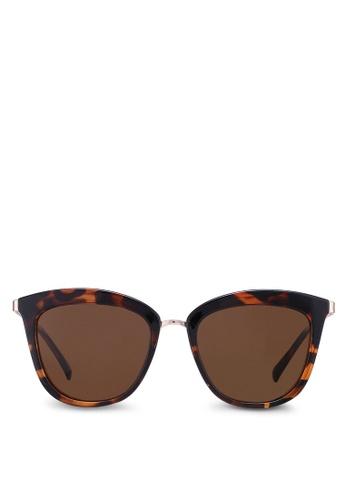 12ae2b926b7 Buy Le Specs Caliente 1802484 Sunglasses Online on ZALORA Singapore