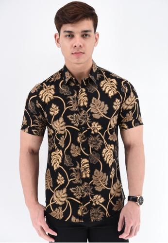 UA BOUTIQUE black Short Sleeve Shirt Batik RBS02-012 (Black/ Brown) 293B8AAB79D4C6GS_1