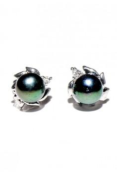 Anita Freshwater Pearl earrings
