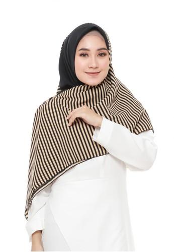 First Hijab black Qabila Square Hijab 01 5C07DAAF138CA7GS_1