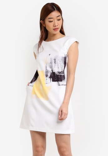 ZALORA white Abstract Printed Shift Dress 2BB0EAA2C6A692GS_1