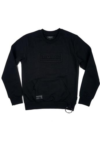 L.I.M.I.T.E black Embossing Sweat Shirt LI425AA0G1MYSG_1
