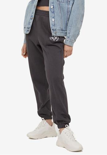 H&M grey Printed Joggers 6BAE5AAE985A3DGS_1