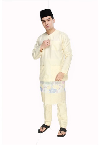 Amar Amran yellow Baju Melayu Teluk Belanga 7D45AAABE84A73GS_1