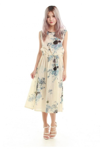 Kimmi Drawstring Midi Dress In Blue Floral