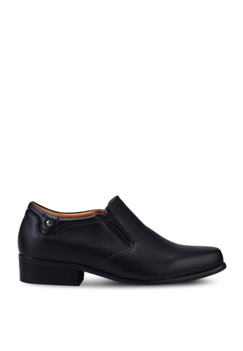 Louis Cuppers 黑色 Faux Leather Slip-Ons F861BSH34315E3GS_1