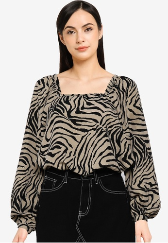 Vero Moda grey Lisa Graffic Long Sleeve Shirt With Tie Detail 2BC89AAA610FECGS_1