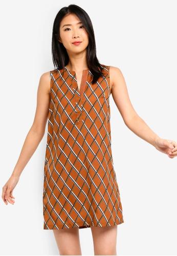ZALORA BASICS brown Basic A-Line Dress B3ED8AAF9F5A8EGS_1